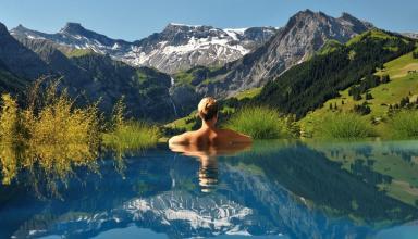 Плавання в відкритих водах: гідрокостюми, буї, годинники та інші аксесуари
