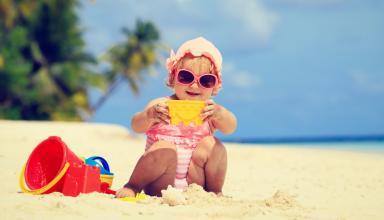 Плодотворные поездки на море с детьми. Чем развлечь ребенка на пляже?