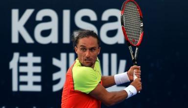 Александр Долгополов разгромил российского теннисиста в Токио