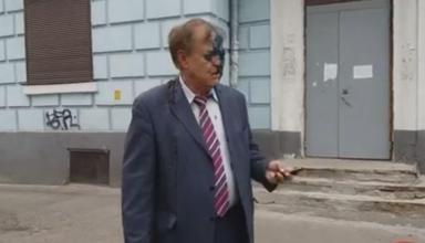 Облили зеленкой и фекалиями: директор Россотрудничества прокомментировал инцидент в Киеве (видео)