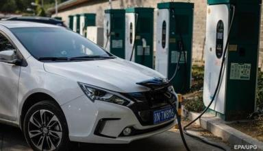 Ввоз электромобилей в Украину утроился