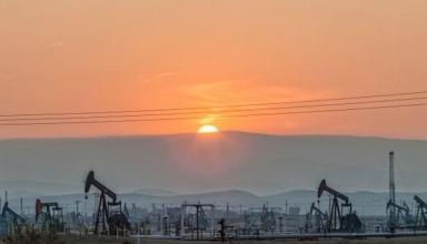 Россия обновила рекорд подобыче нефти - СМИ