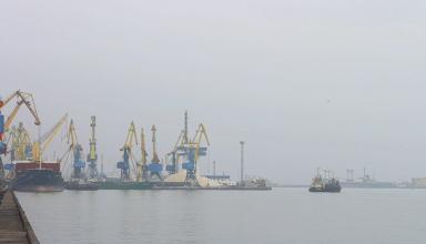 Суда задерживают в Керченском проливе до 11 дней