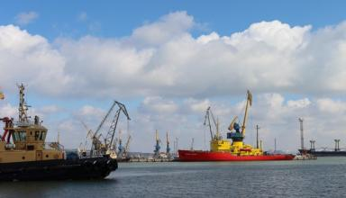 На Азове заблокированы 35 кораблей – Омелян