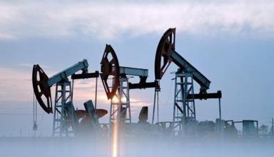 Цены на нефть растут на данных о запасах в США