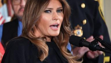 Мелания Трамп в пальто за 2800 долларов отправилась вместе с мужем в официальный тур по Азии