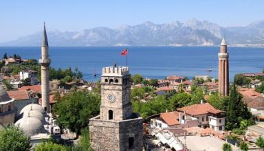 За последние 5 лет украинцы занимают третье место по посещаемости турецкой Анталии