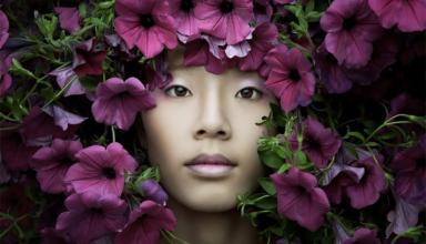Единство женщины с природой: фотохудожница создаёт невидимые автопортреты