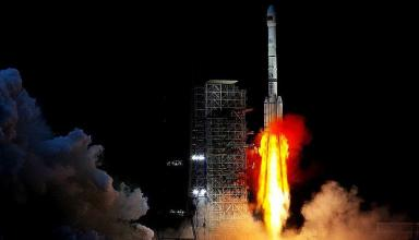 Китайский лунный зонд Чанъэ-4 успешно вышел на заданную орбиту