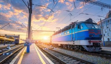Укрзализныця восстанавливает курсирование пригородных поездов сообщением Харьков - Золочев
