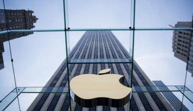 Apple наняла десятки экс-сотрудников Tesla