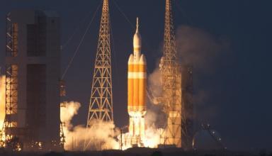 Во Флориде запустили ракету Delta IV с американским военным спутником