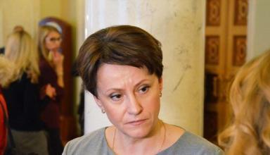АЗС в Украине стали продавать меньше