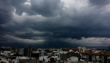 На выходных в Украину вернутся дожди, жара ожидается лишь на юге и востоке