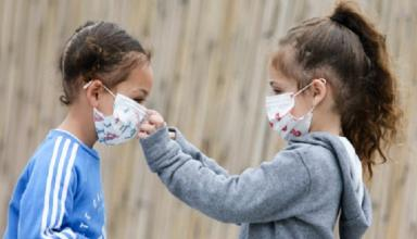 Среди педагогов и школьников в Киеве на COVID-19 заболели 276 человек