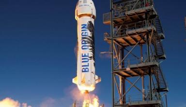Компания Безоса Blue Origin оспаривает контракт NASA со SpaceX для доставки людей на Луну