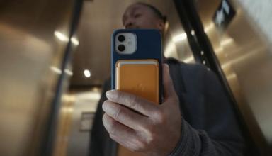 Apple запустила перенос фото и видео в сервис от Google